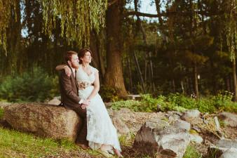 www.james-stokes.comWillow Pond Barn Wedding Waupaca Wisconsin Wedding Photos