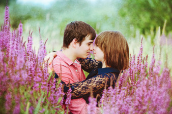 artistic-engagement-photos-in-flowers-james-stokes-photography