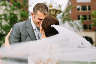 elegant-waterfront-lacrosse-wisconsin-wedding_034