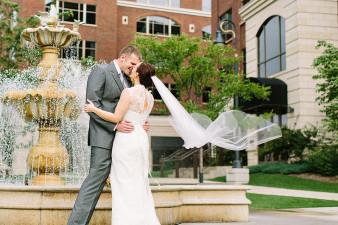 elegant-waterfront-lacrosse-wisconsin-wedding_035
