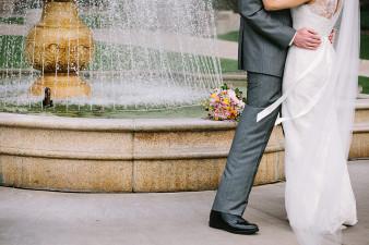 elegant-waterfront-lacrosse-wisconsin-wedding_036