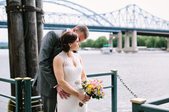 elegant-waterfront-lacrosse-wisconsin-wedding_052
