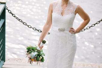 elegant-waterfront-lacrosse-wisconsin-wedding_060