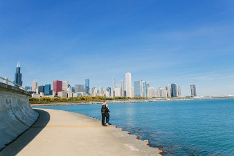 Chicago-engagement-photos-by-lake-michigan-james-stokes-photography_24