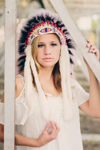 Native American Head Dress Senior Photos with feathers hispster style senior photos