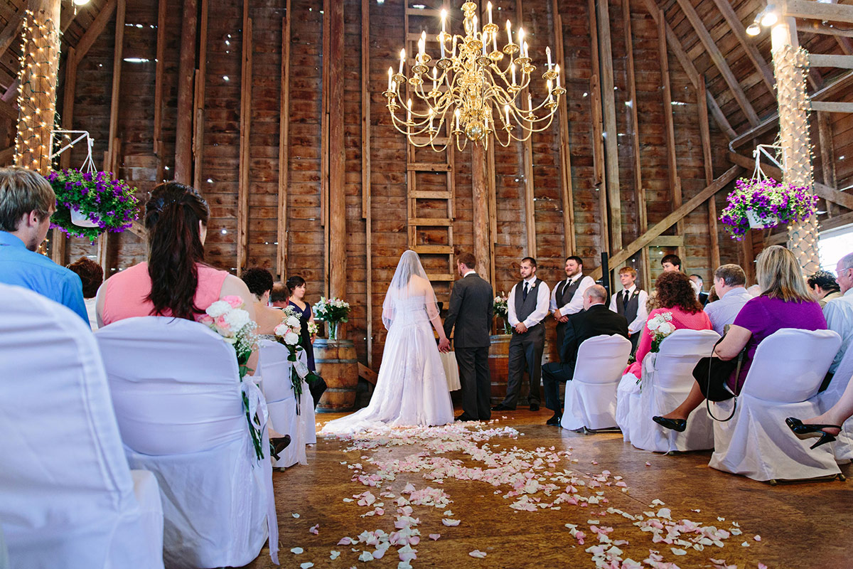 Munson Bridge Winery Wedding