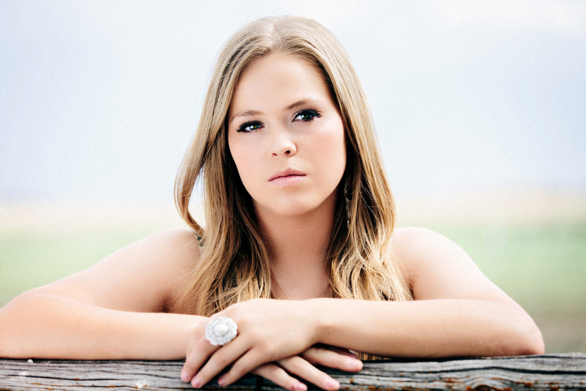 Utah-Emery-Senior-Commerical-Portrait-Photographer-james-stokes-photo_14
