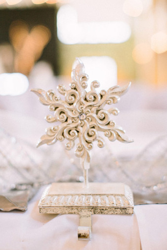 Rothschild-pavilion-central-wisconsin-winter-wedding-james-stokes-16