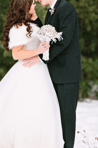 Rothschild-pavilion-central-wisconsin-winter-wedding-james-stokes-76