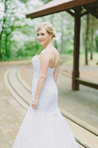eau-claire-wedding-photographer.001