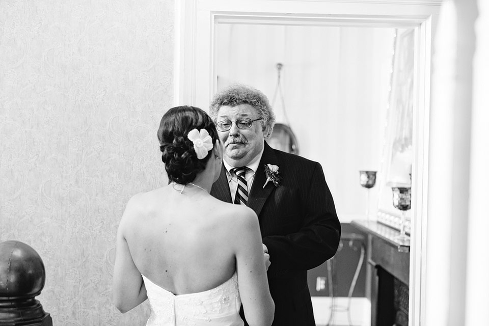 waupaca.wi.wedding.photographer.apple.tree.lane.001