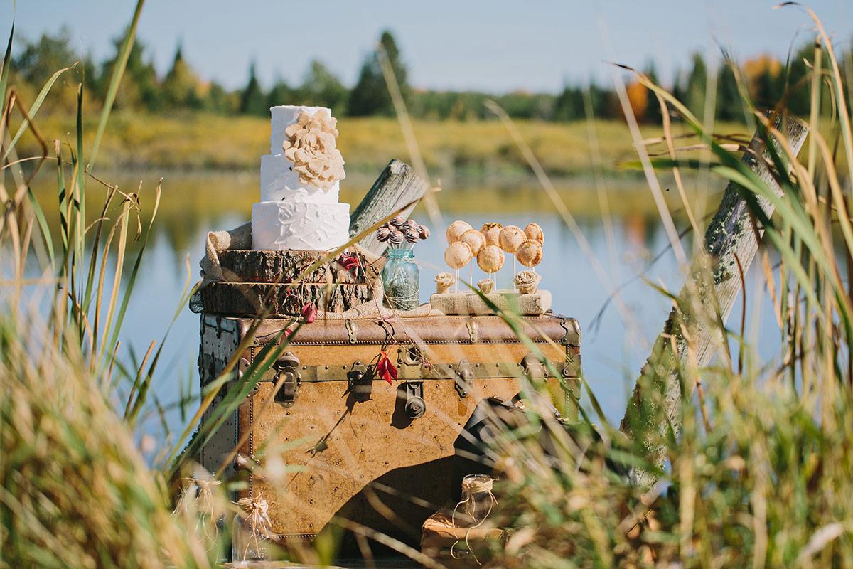 rustic-wisconsin-wedding-inspiration-photo-James-Stokes-Photography_009