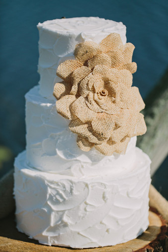 rustic-wisconsin-wedding-inspiration-photo-James-Stokes-Photography_011