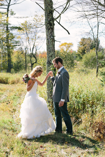 rustic-wisconsin-wedding-inspiration-photo-James-Stokes-Photography_038
