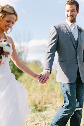 rustic-wisconsin-wedding-inspiration-photo-James-Stokes-Photography_045