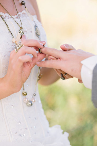 rustic-wisconsin-wedding-inspiration-photo-James-Stokes-Photography_049