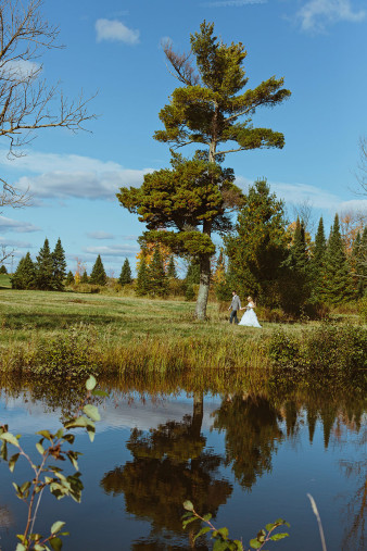 rustic-wisconsin-wedding-inspiration-photo-James-Stokes-Photography_059