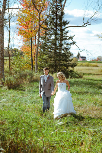 rustic-wisconsin-wedding-inspiration-photo-James-Stokes-Photography_065
