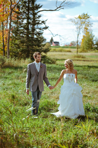 rustic-wisconsin-wedding-inspiration-photo-James-Stokes-Photography_066