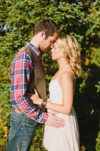 rustic-wisconsin-wedding-inspiration-photo-James-Stokes-Photography_080