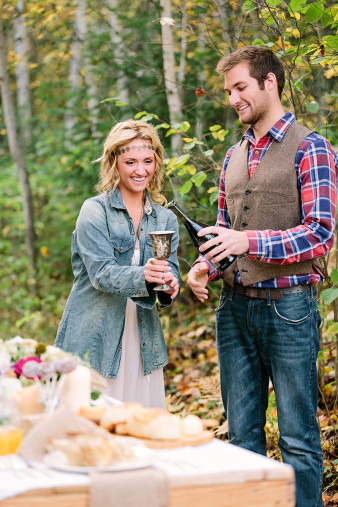 rustic-wisconsin-wedding-inspiration-photo-James-Stokes-Photography_129