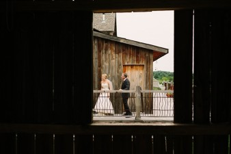rustic-the-enchanted-barn-wedding-photos-030