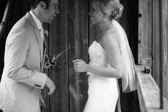 rustic-the-enchanted-barn-wedding-photos-035