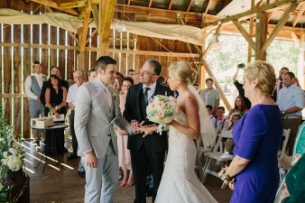 rustic-the-enchanted-barn-wedding-photos-074