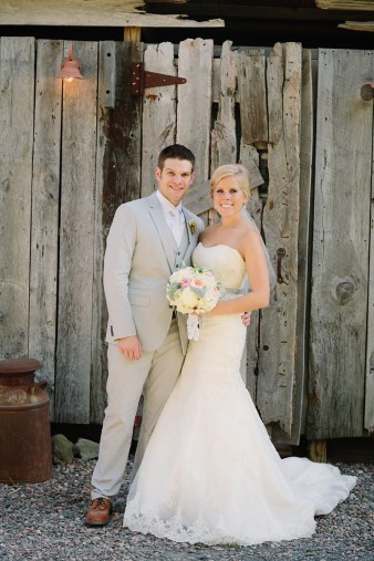 rustic-the-enchanted-barn-wedding-photos-080