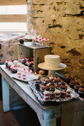 rustic-the-enchanted-barn-wedding-photos-090
