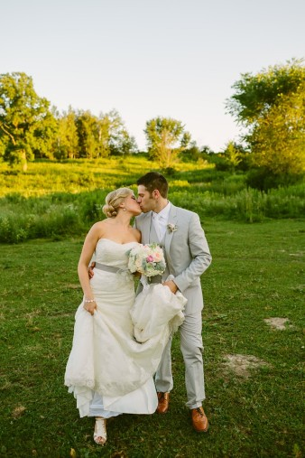 rustic-the-enchanted-barn-wedding-photos-107