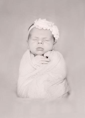 Marshfield-Wisconsin-Newborn-Photographer
