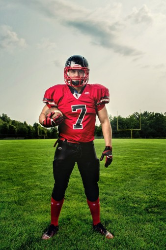 abbotsford-high-school-senior-falcon-football-hunting-senior-photos-32