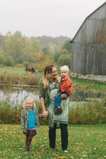 fall-family-photos-child-photographer-lifestyle.wi29