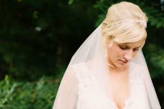 munson-bridge-winery-outdoor-wedding-in-wisconsin-photos-005