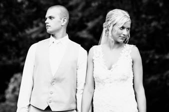 munson-bridge-winery-outdoor-wedding-in-wisconsin-photos-048