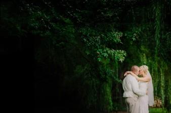 munson-bridge-winery-outdoor-wedding-in-wisconsin-photos-050