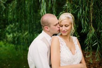 munson-bridge-winery-outdoor-wedding-in-wisconsin-photos-051