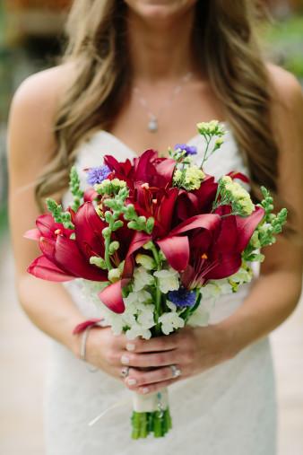 14-outdoor-leinenkugel-travel-themed-wedding-chippewa-falls-wi