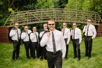 26-outdoor-leinenkugel-travel-themed-wedding-chippewa-falls-wi