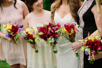 29-outdoor-leinenkugel-travel-themed-wedding-chippewa-falls-wi