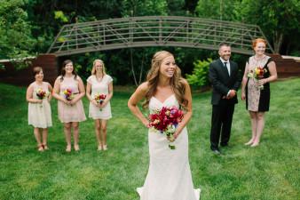 30-outdoor-leinenkugel-travel-themed-wedding-chippewa-falls-wi
