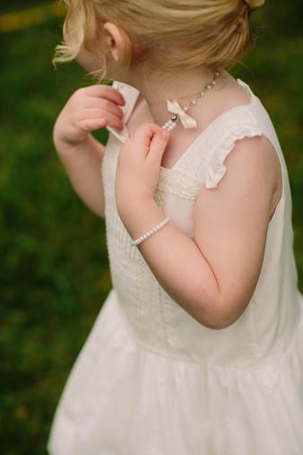 39-outdoor-leinenkugel-travel-themed-wedding-chippewa-falls-wi
