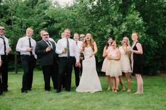 47-outdoor-leinenkugel-travel-themed-wedding-chippewa-falls-wi