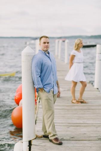 28-lake-mendota-madison-wi-engagement-photos