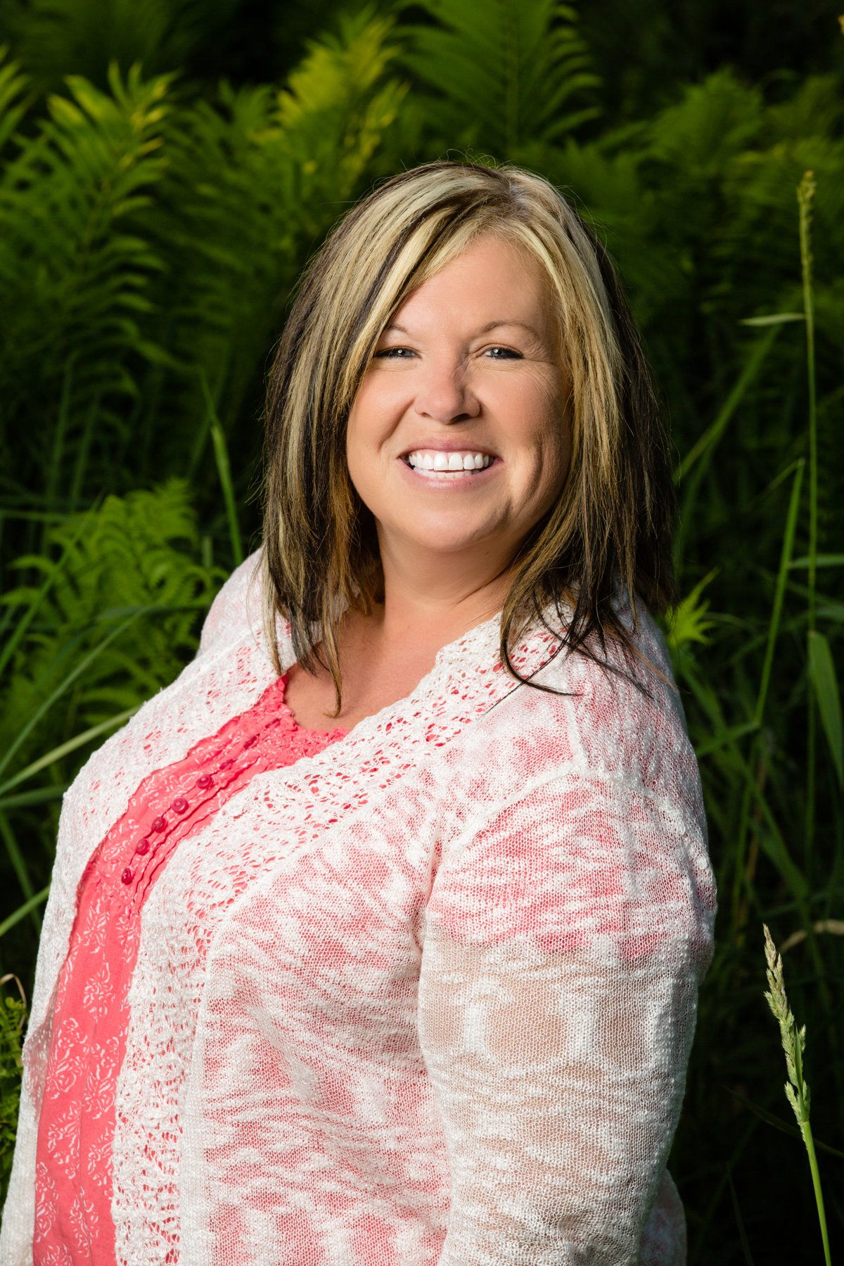06-utopia-day-spa-commercial-portraits-photographer-medford-wi