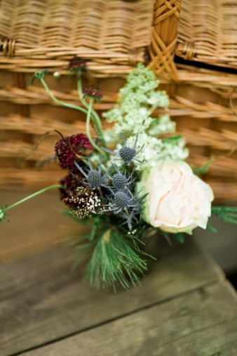 012-rustic-wisconsin-outdoor-woodsy-wedding-photos