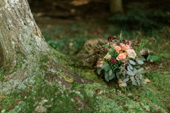 024-rustic-wisconsin-outdoor-woodsy-wedding-photos
