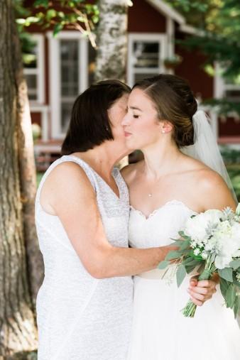 026-lakeside-wedding
