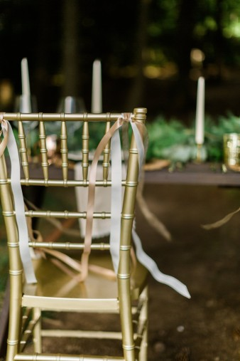 026-outdoor-dock-lake-rustic-table-setting-for-wedding-inspiration-photos